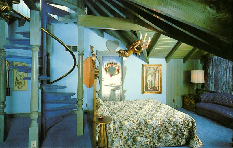Madonna_inn_room184_just_heaven_san_luis_obispo_CA