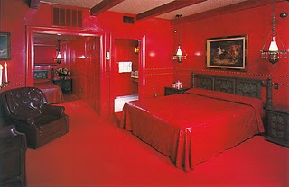 Valentine-red-room