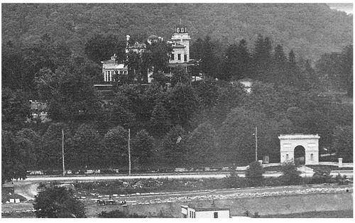 Park-Terrace-East-at-217-St-1903